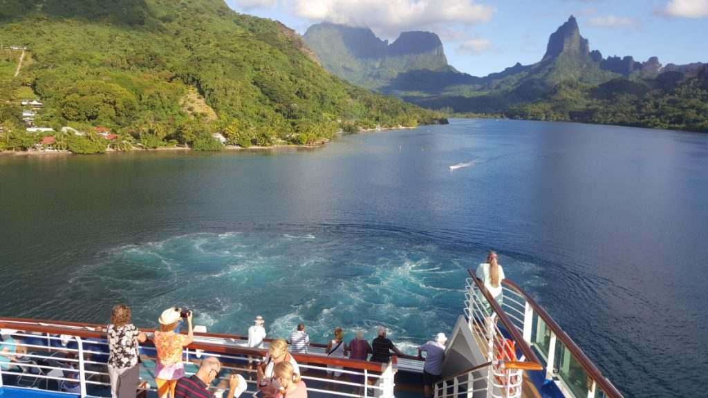 French Polynesia Cruise