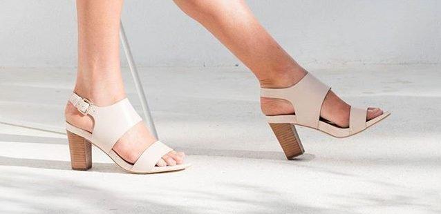 FRANKiE4 Sandals