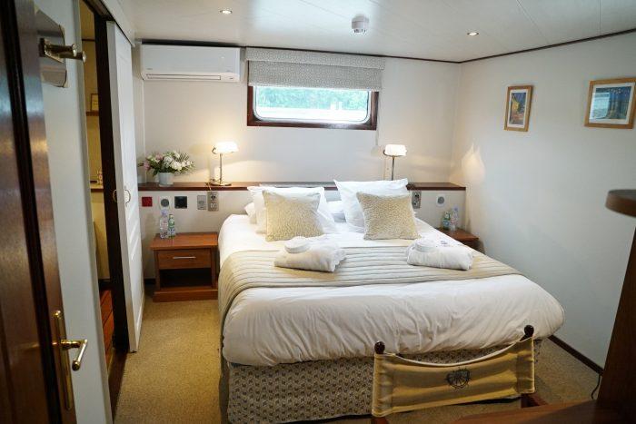 Panache, cabin, European Waterways luxury hotel barge cruising in France.