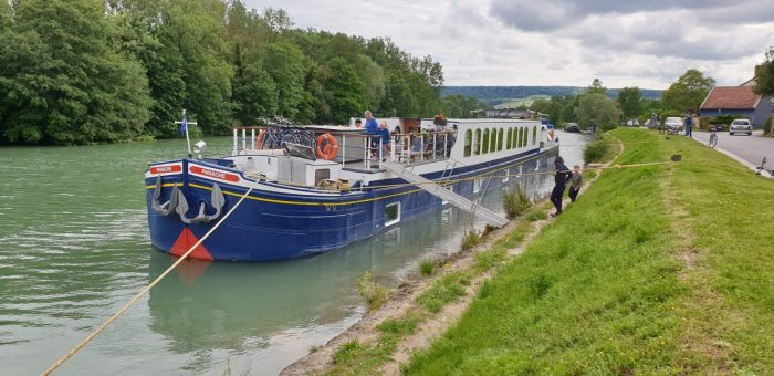Barge Cruise in France on Le Panache