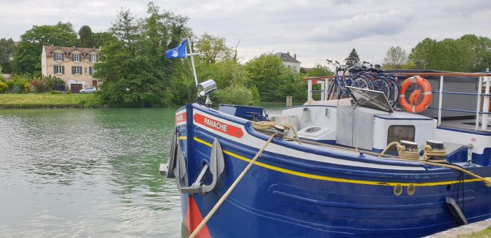Luxury Barge Cruise in France, Le panache