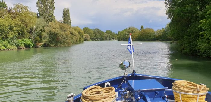 Le Panache, European Waterways. Luxury barge trip in France.